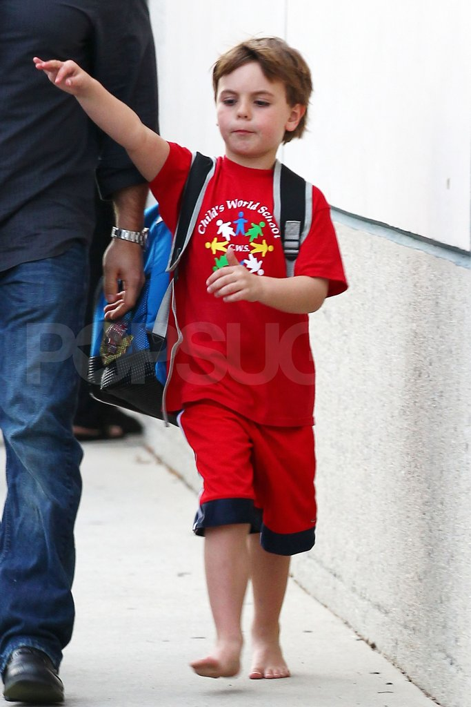 Sean Preston Federline didn't wear shoes as he left his LA school.
