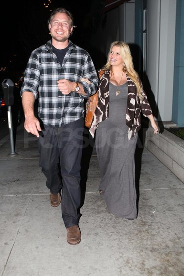 Pregnant Jessica Simpson on a date with Eric Johnson.