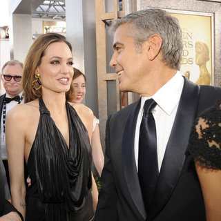 Angelina Jolie Mingling and Social Pictures With Other Celebrities at 2012 SAG Awards