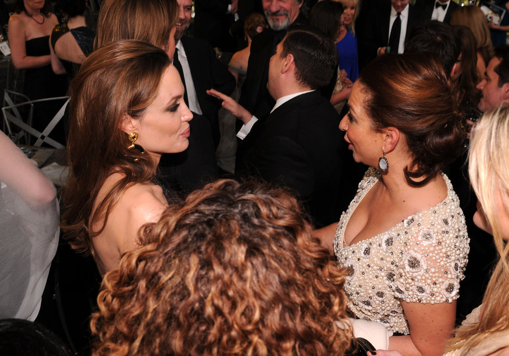Angelina and Maya Rudolph chatted.