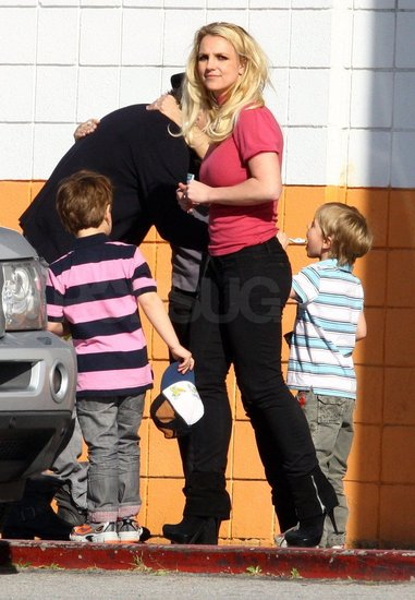Britney Joins Jason, Lynne, and the Boys For Some Bowling Fun!