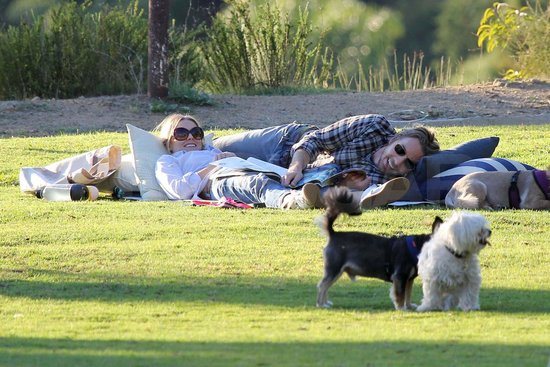 Kristen Bell and Dax Shepard Lounge With Their Pups and Share a Hilarious Animal Encounter