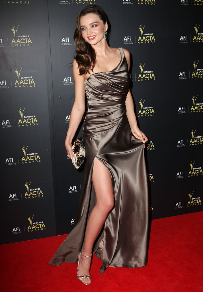 Miranda Kerr showed off the high slit on her dress at the 2012 AACTA Awards.