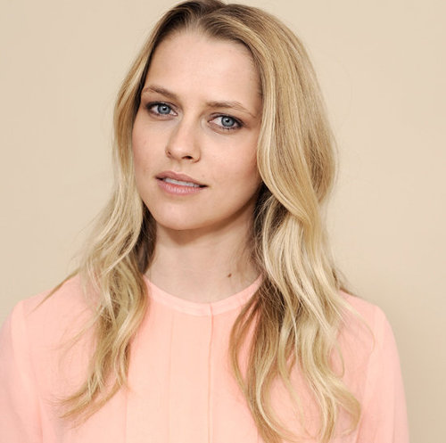 Teresa Palmer Announced as Artistry's Global Ambassador For Makeup and Skincare