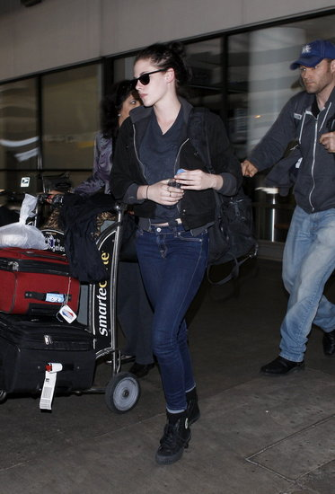 Kristen Stewart arrived back from a Paris adventure.