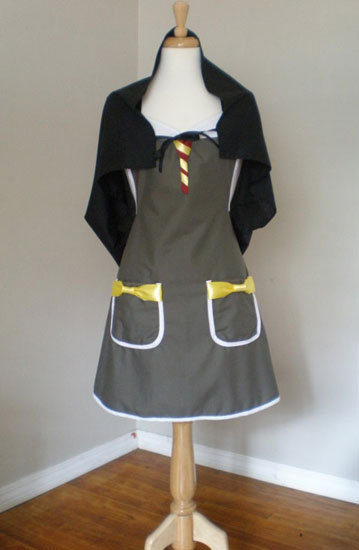 Harry Potter Apron With Cape ($42)