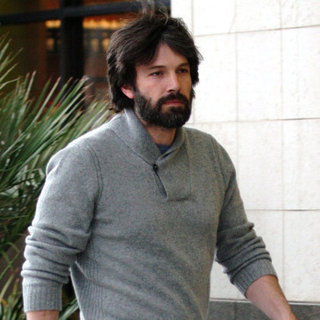 Ben Affleck Pictures With a Heavy Beard