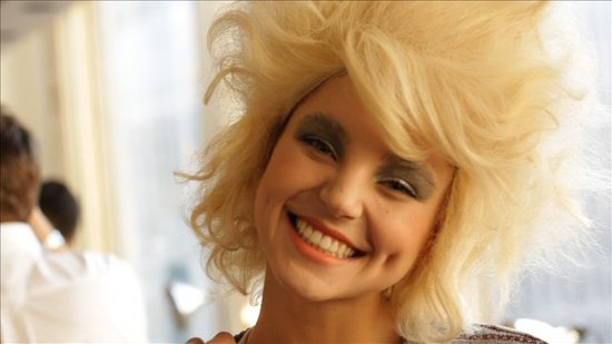 See a Model Get a Dolly Parton Makeover at Fashion Week