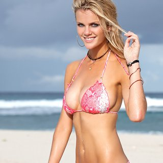 Brooklyn Decker Yoga Workout