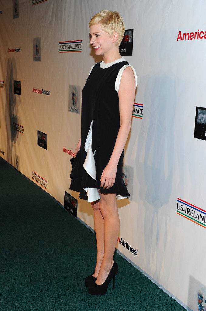 Michelle Williams wore a black LBD.