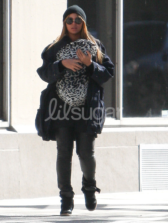 Beyoncé Knowles had a Sunday lunch date in NYC with baby Blue.