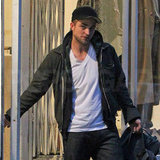 Robert Pattinson stepped out solo in the Big Apple.