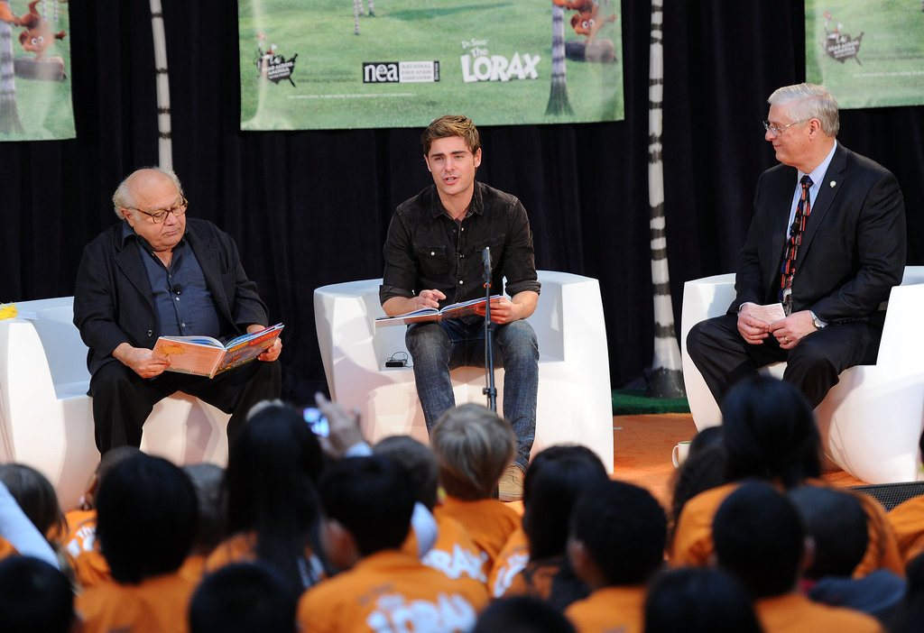 Zac Efron and Danny DeVito captivated an audience of children at the New York Public Library.