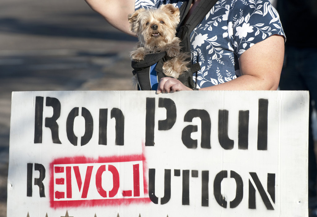 This Arizonan pooch calls for change with a vote for Ron Paul.