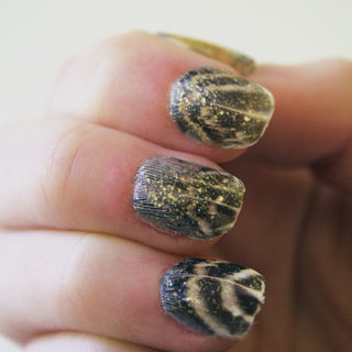 How to Do a DIY Feather Manicure
