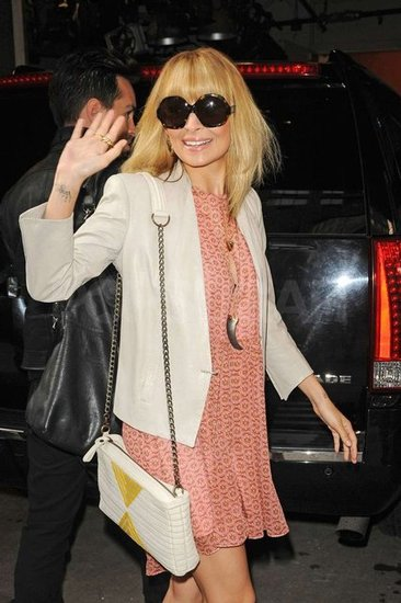 Nicole Richie waved to fans.