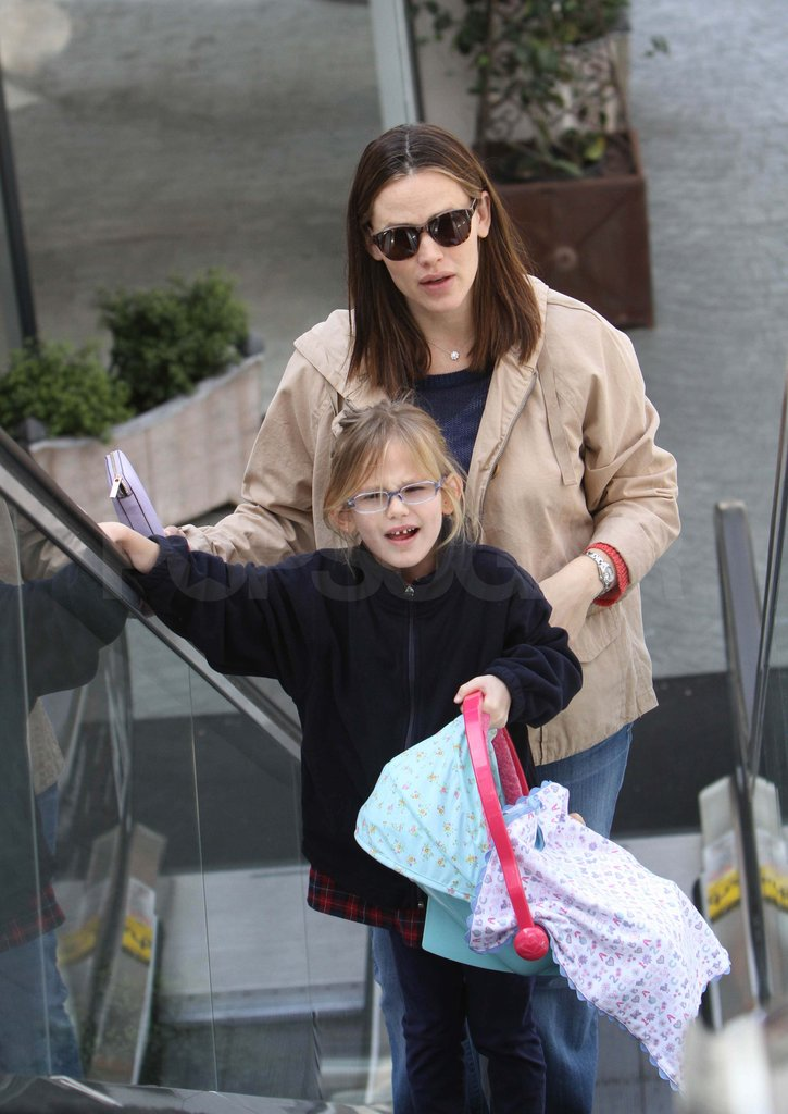 Jennifer Garner and Violet out in LA.