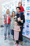 Peter Facinelli and Jennie Garth hung out with daughters Luca, Lola, and Fiona at the Milk and Bookies First Annual Story Time Celebration in Feb. 2010.