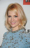 January Jones debuted pink hair at a Mad Men event in LA last night. Now you can see the highlights and her beaded Jenny Packham dress up close!