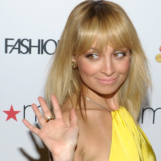 Nicole Richie and Elle Macpherson at Fashion Star Premiere