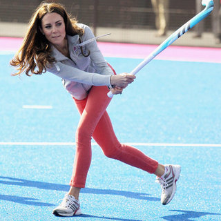 Kate Middleton Playing Hockey (Video)