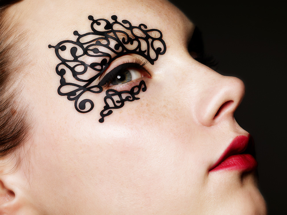 Face Lace is Make-up Wizard