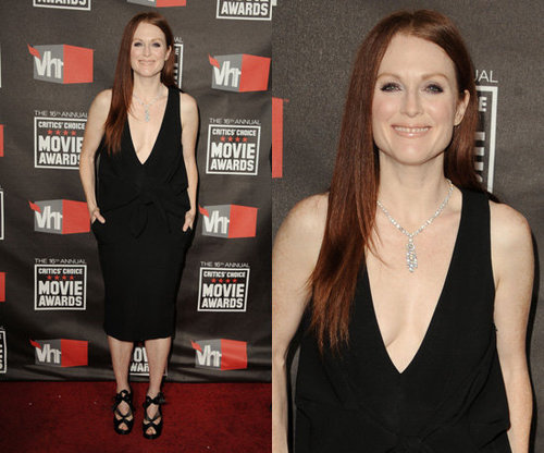 Julianne Moore Perfects Simple and Sexy