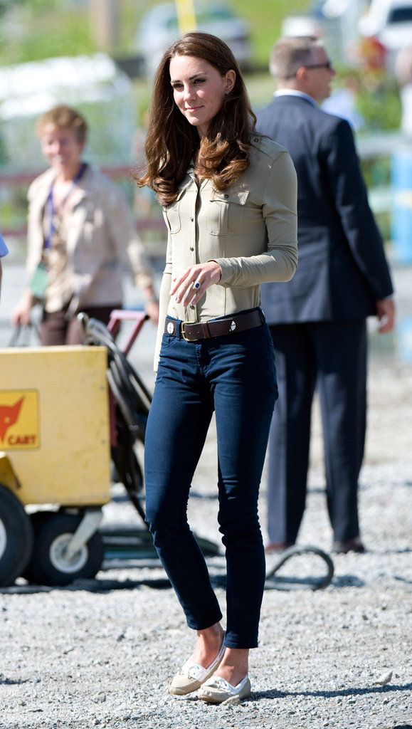 Kate Middleton opted for an understated feel in go-anywhere skinnies and a button-front blouse.