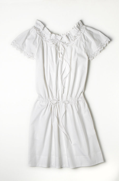 Alberta Ferretti for Macy's Impulse White Peasant Dress ($79)