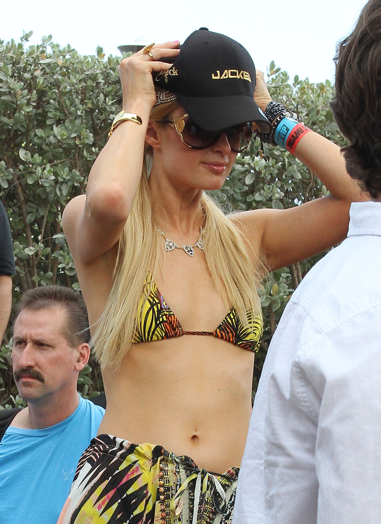 Paris Hilton hung out with friends in Miami.