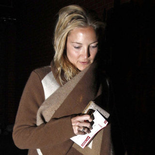 Kate Hudson and Zach Braff in London Pictures