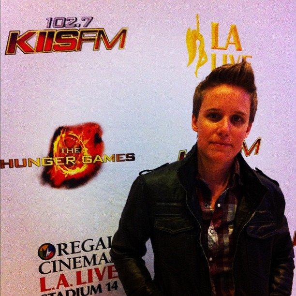 Instagrammer inhannahwetrust posed at an LA screening of the movie with a fierce leather jacket that Katniss would appreciate.