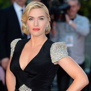 Kate Winslet Titanic 3D Premiere (Video)