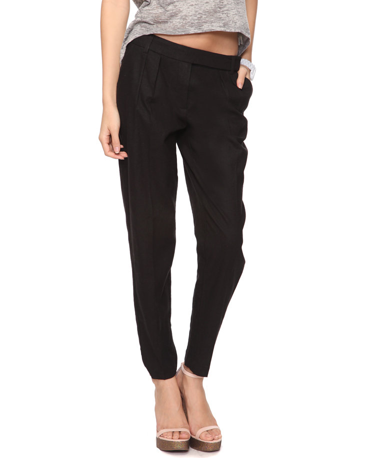 A sleek tailored pant is a seasonal must. Forever21 Linen-Blend Trousers ($20)