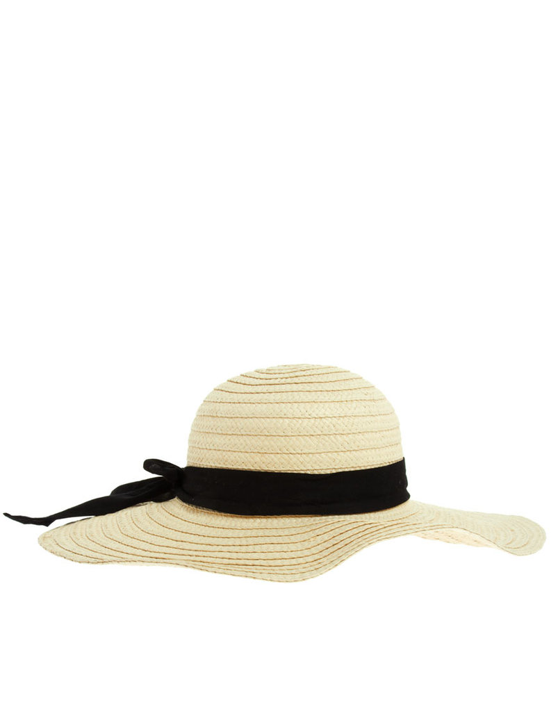 Invoke a more retro vibe with this '70s-inspired floppy straw hat. ASOS '70s Straw Floppy Hat ($27)