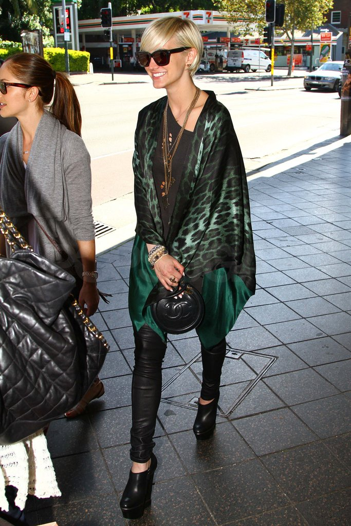 Ashlee Simpson traveled to Australia.