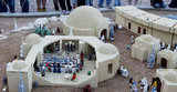 Busy times in miniature Mos Eisley.