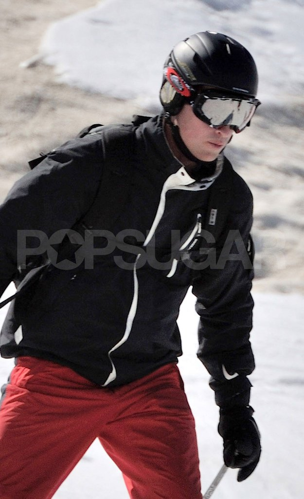 Prince William wore ski goggles and a helmet during his ski vacation in France.