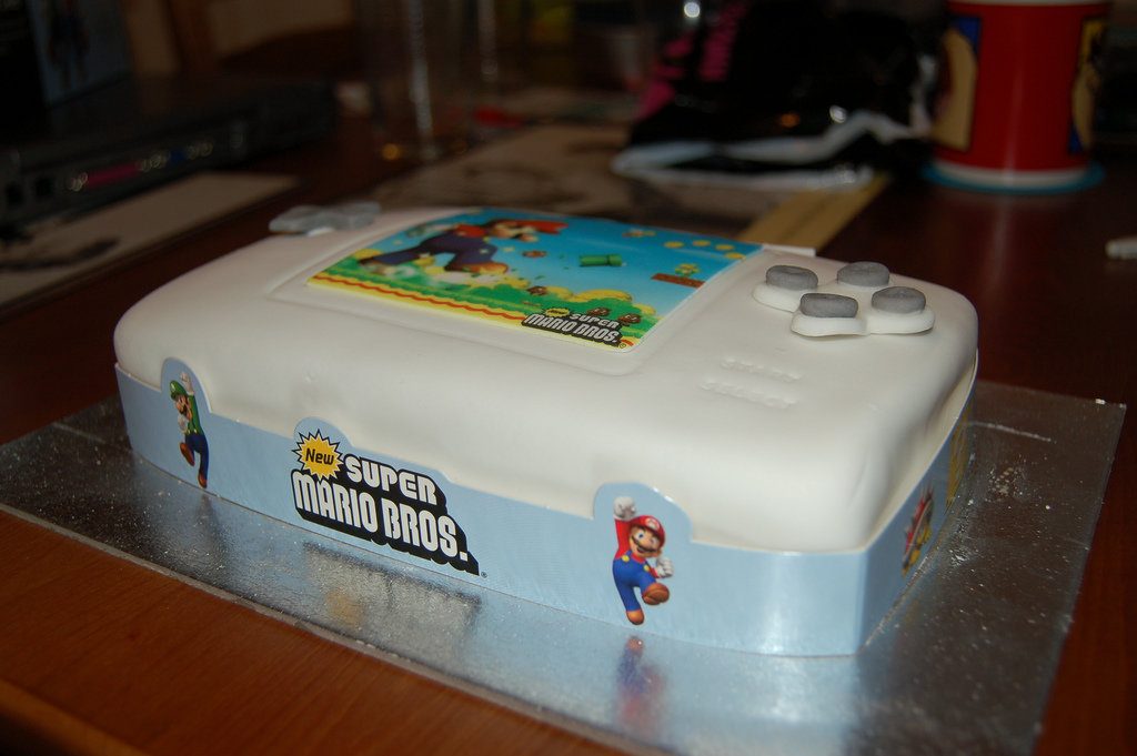 Hey, at least the DS Lite cake is white! Source: Flickr User  leunix