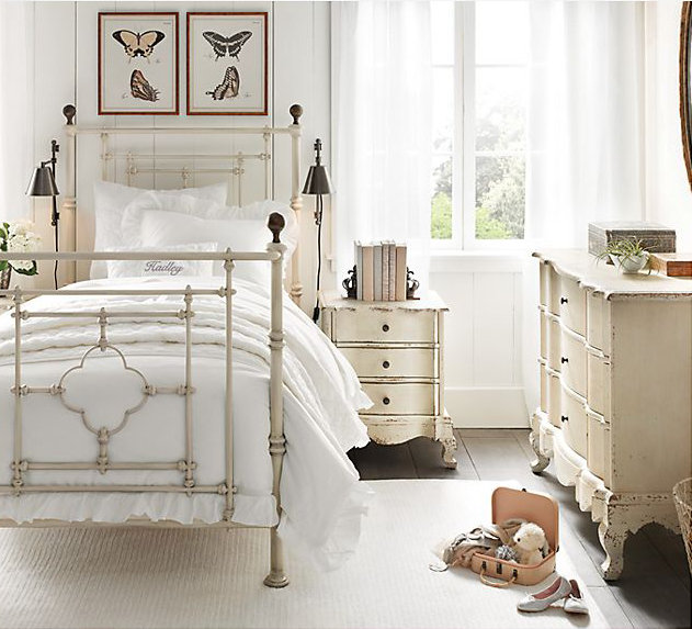 19th-Century Quatrefoil Iron Bed ($699-$799)