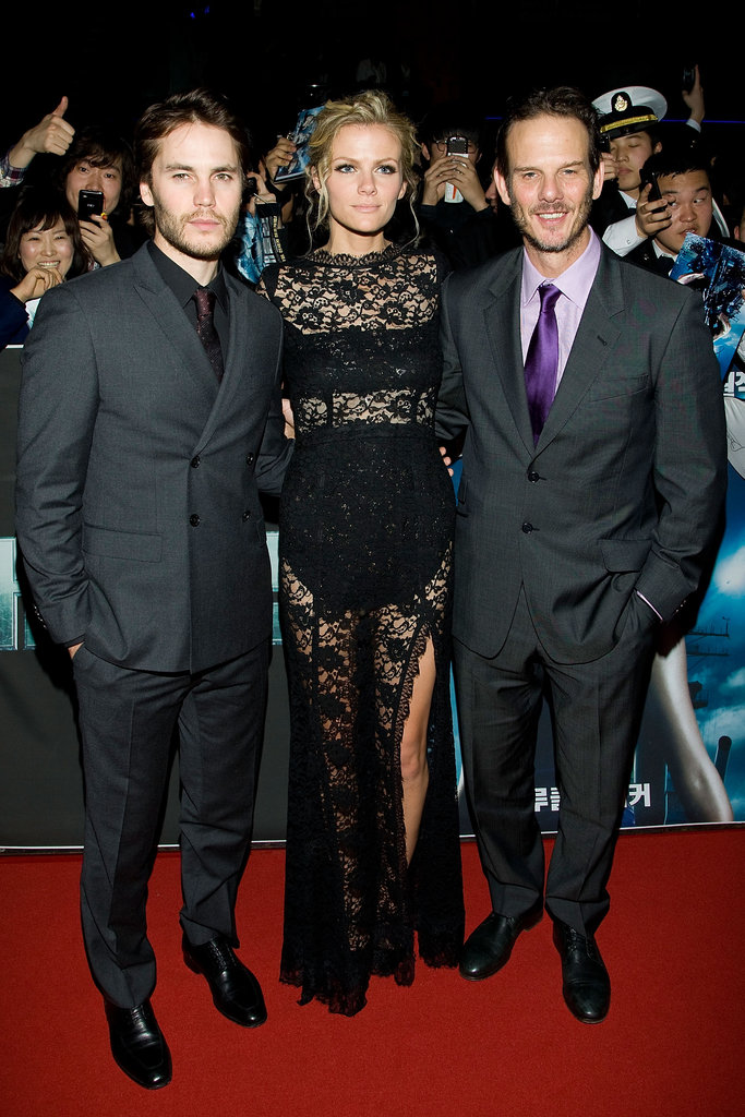 Brooklyn Decker and Taylor Kitsch on the red carpet for Battleship with Peter Berg.