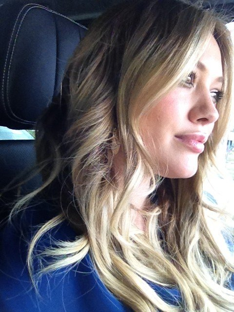 New mum Hilary Duff got her hair done before returning to hang with little Luca.