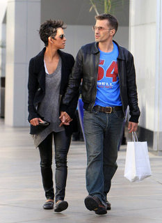 Halle Berry and Olivier Martinez Wedding Rumors Pictures