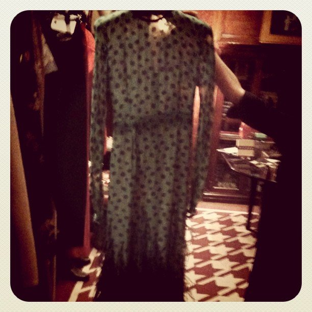We got a glimpse of Elizabeth Banks's Chadwick Bell gown from the Vanity Fair Oscar party in the flesh.