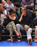 Jay-Z and Beyoncé Knowles went to a game.