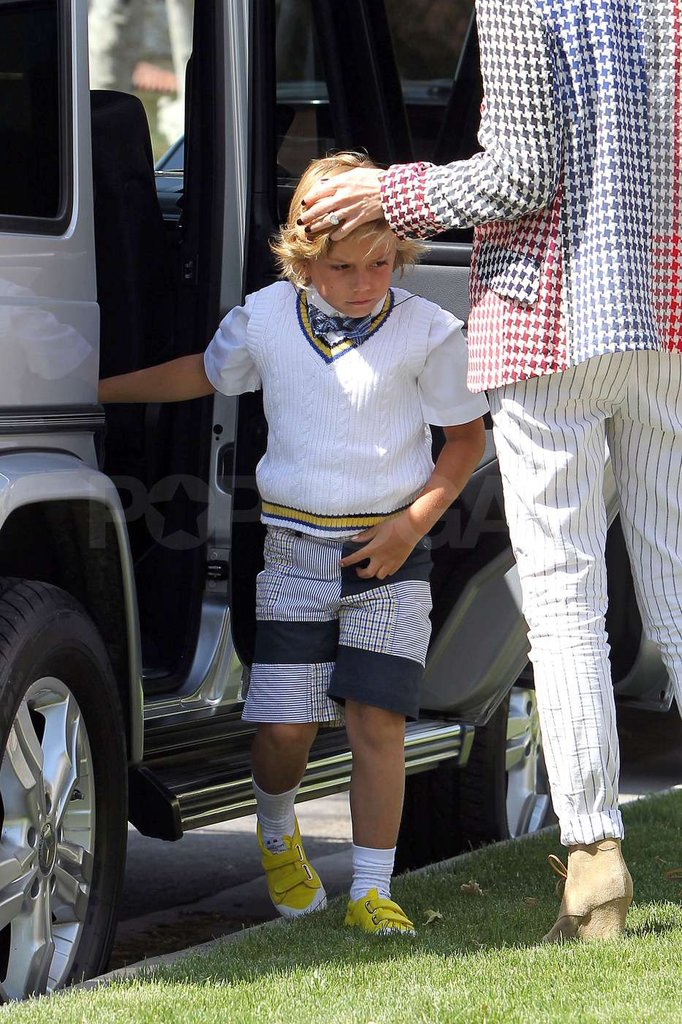 Kingston Rossdale hopped out of the car to go see his grandparents in Orange County.