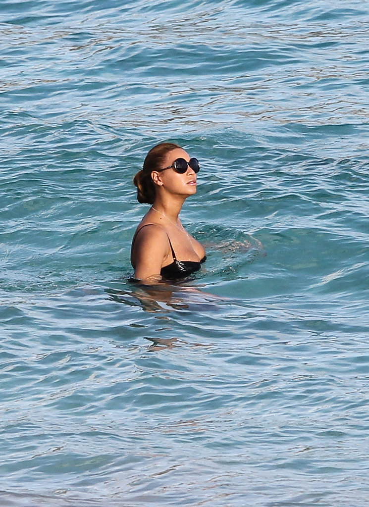 Beyoncé Breaks Out Her Bathing Suit For a St. Barts Swim