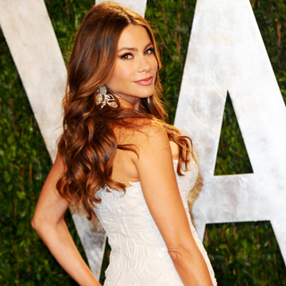 Sofia Vergara Wins BellaSugar's Red Carpet Winner Award