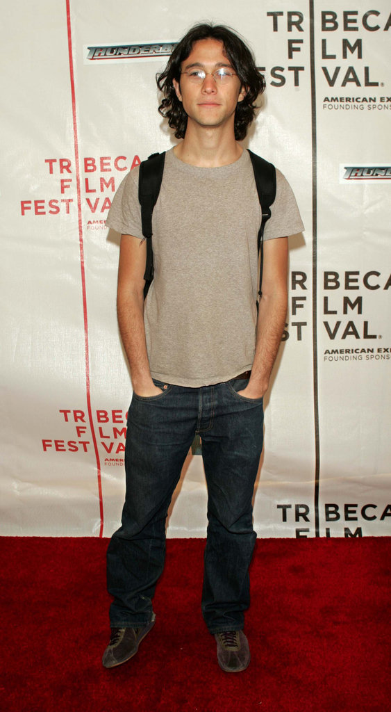 Joseph Gordon-Levitt brought his backpack to a screening of Thunderbirds in May 2004.