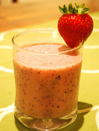 Celery and Blueberry Smoothie